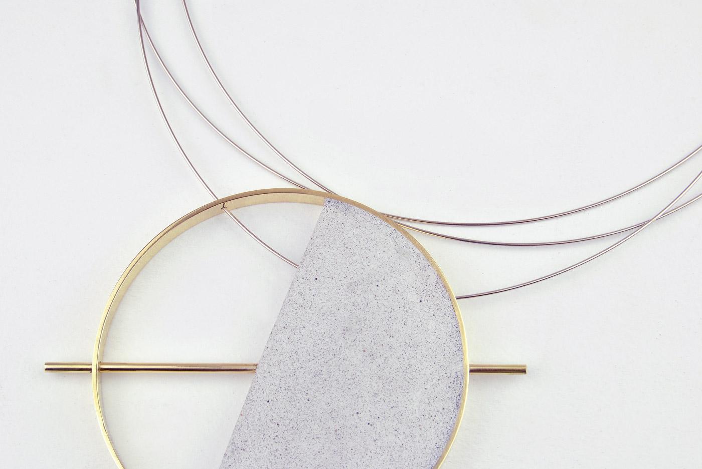 101BI/D - ottone placcato oro/micro inerti/acciaio armonico